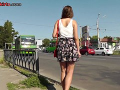 Crazy voyuer upskirt clip shows delicious sexy butt