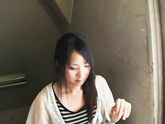 Super sexy Asian with nice breasts in a downblouse xxx video