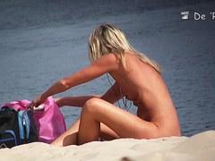 Hot blondie in the nude beach voyeur video