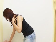 Asian tits and bush demonstration in lingerie changing room