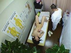 Kinky masseur can