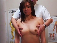 Girl gets deep pussy massage on hidden cam voyeur video