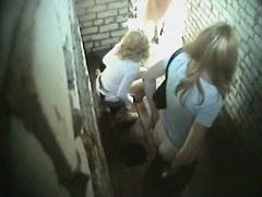 Voyeur cam hidden in public toilet shoots amateur females