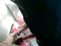 hiddengirl footsie in bus