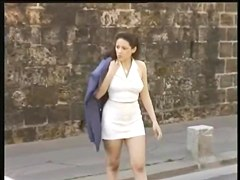 Candid voyeur video shows hot cutie on the street