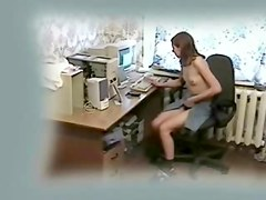 Mi kinky gf fingering at computer
