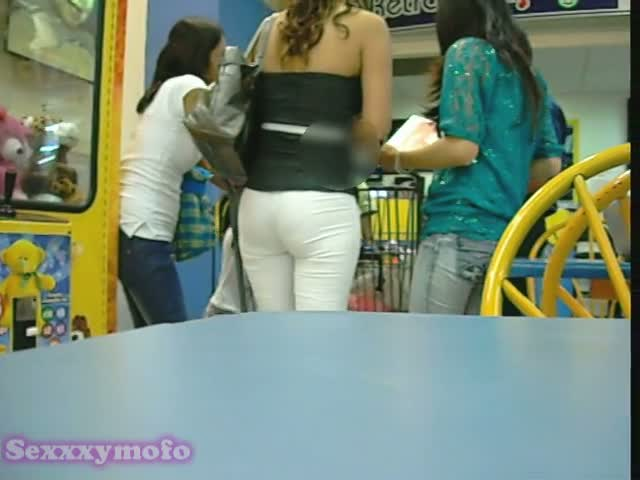 Hot street candid ass looks amazing in white pants