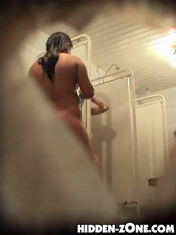 Shower spy cam vid of hot butted and bushy nub fem