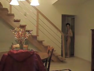 Voyouer cam shooting all naked female alone at home