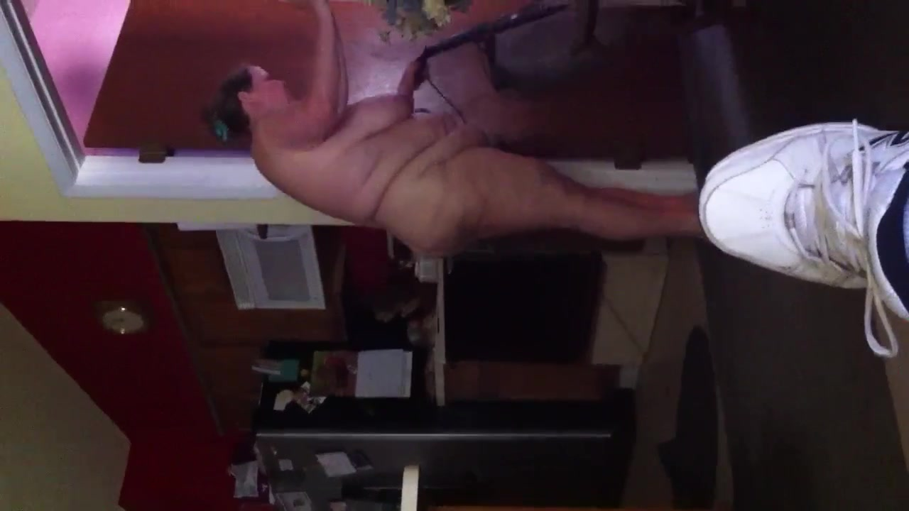 Housecleaning naked BBW