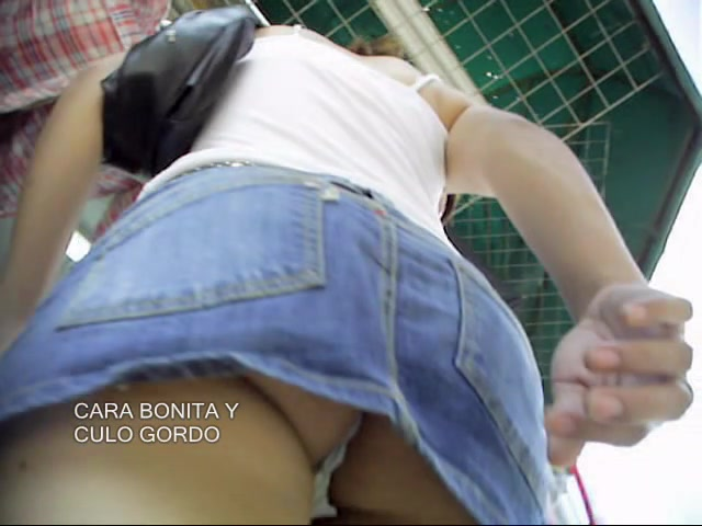 Changing room girl in seducing full back panty