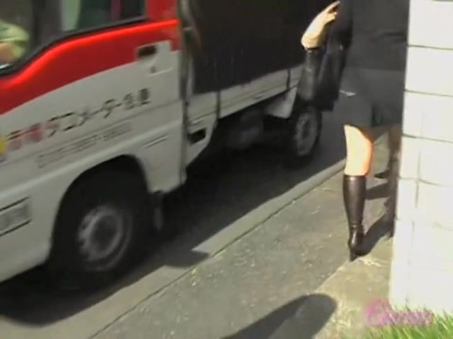 Cool voyeur video of Japanese tramp getting grabbed by her curves