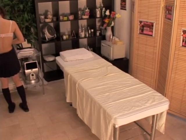 Japanese slut fucked hard in doggy style by her massagist