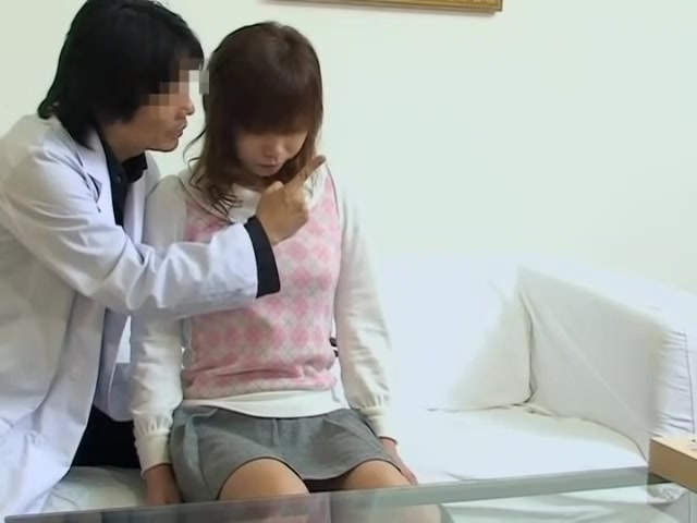 Medical examination ends up with japanese cunt fucked hard