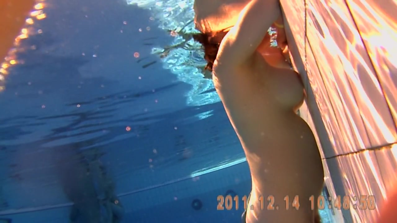 Enjoyable naked body with great shapes on shower cam