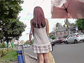 Great movie scene with random upskirt beauty