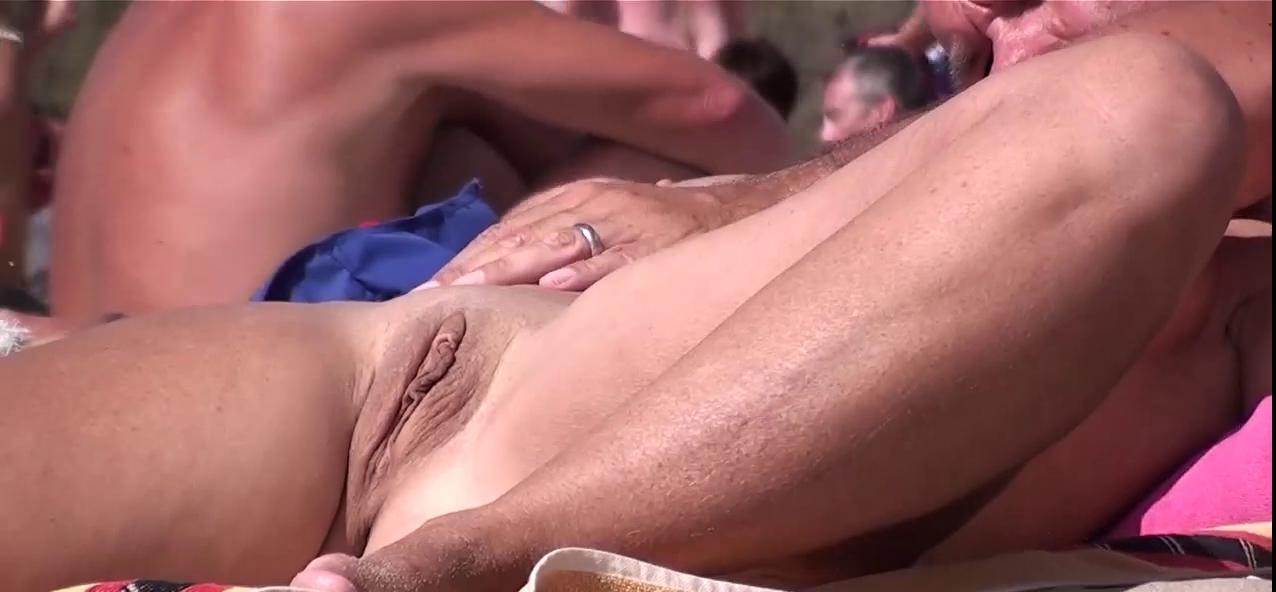 French nudist beach Cap d'Agde widen legs finger love tunnel 03