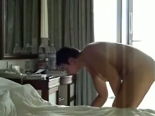 Private voyeur video of chunky girl naked in motel room