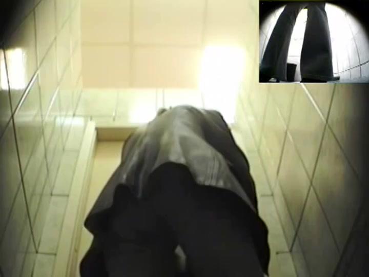 Girls Pissing voyeur video 190