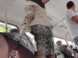 Mature woman caught on the hidden upskirt camera